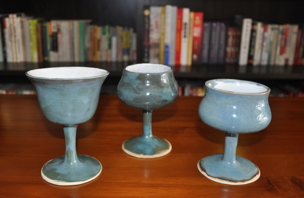 blue wine goblet.jpg